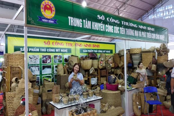 Ninh Bình tham gia Hội chợ quốc tế quà tặng hàng thủ công mỹ nghệ Hà Nội năm 2020 (Hanoi Gift Show 2020)